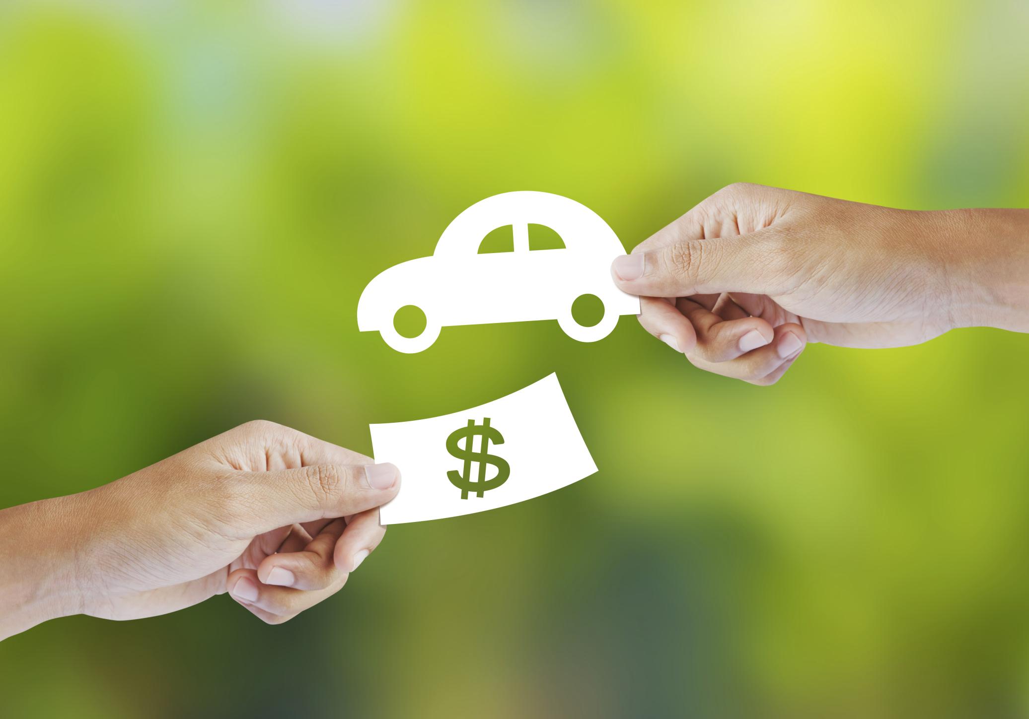 Los trámites para la compraventa del coche son más complejos que un simple intercambio de dinero por tu vehículo.