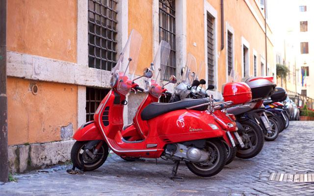 La moto permite recortar a la mitad el desplazamiento en ciudad.