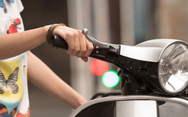 Aprende a reaccionar ante imprevistos en la moto.