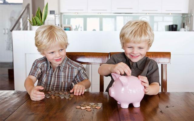 Enseña finanzas a tus hijos.