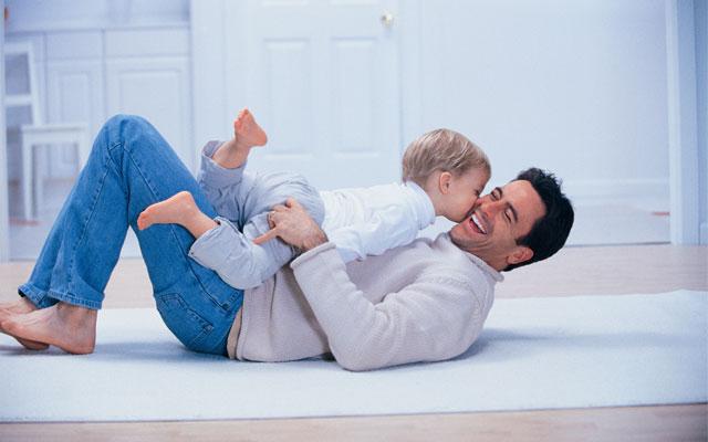 Ideas para jugar con bebes sin hacerles daño.