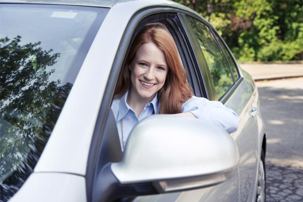 Sigue estos consejos si eres conductor novel.