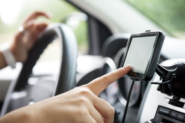 Conoce las consecuencias del estrés tecnológico al volante