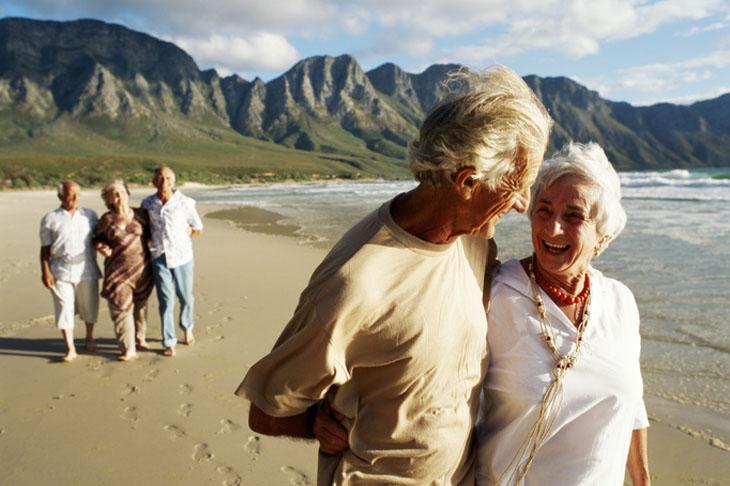 Los viajes del imserso para pensionistas son una opción para relajarte, hacer amistades y conocer sitios nuevos.