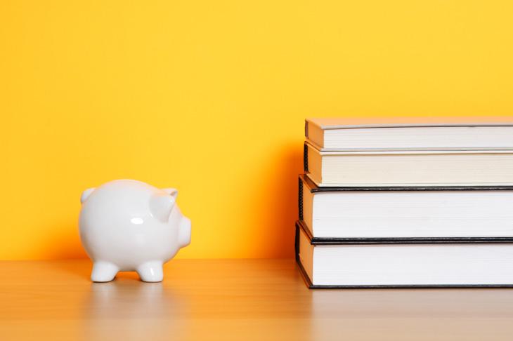Libros para ahorrar escritos por especialistas en el tema