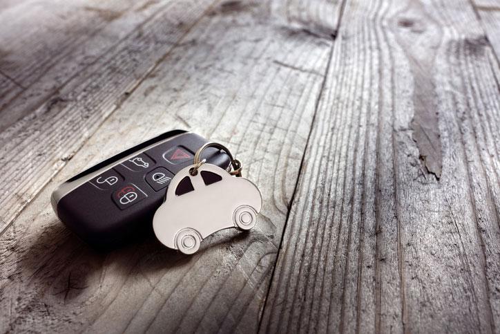 coche sin carnet, seguros de coche sin carnet
