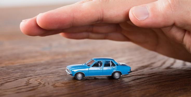 Diferencias seguro de coche a todo riesgo con franquicia y sin ella.