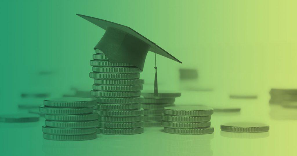 gastos universitarios